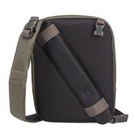 Upea 2-in-1-suunnittelu: yksihihnaisesta laukusta matkalaukuksi yhdessä helpossa vaiheessa.